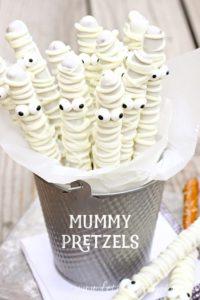 spooky-halloween-dessert-ideas-white-chocolate-mummy-pretzels